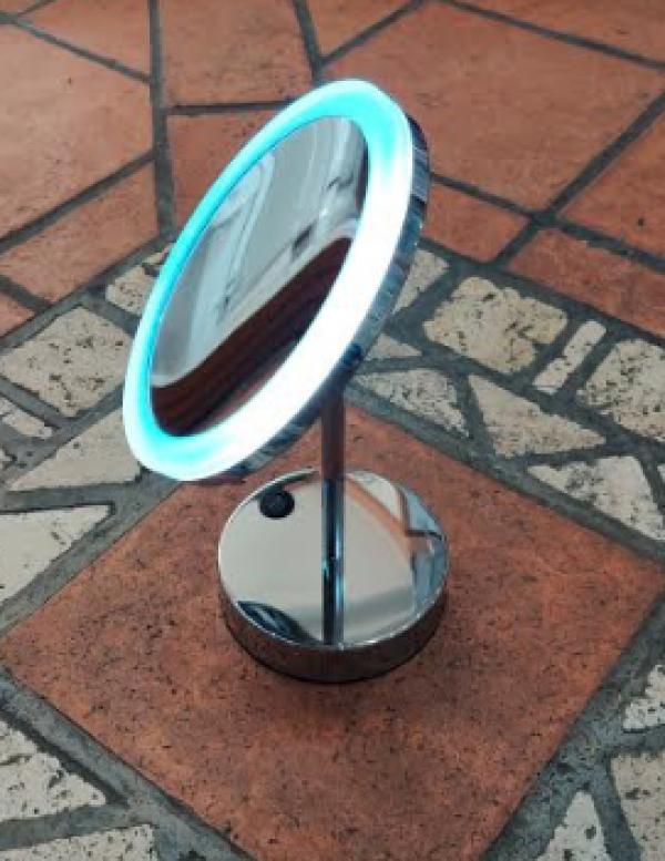 SPECCHIO APPOGGIO LED 20 CM